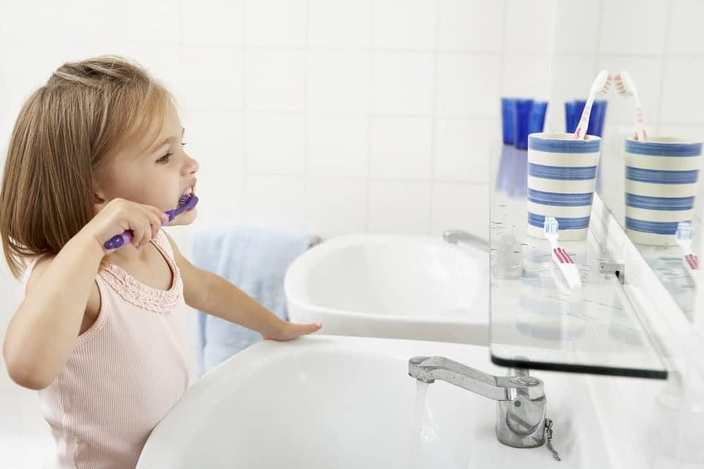 Higiene bucodental infantil: Primera visita al dentista