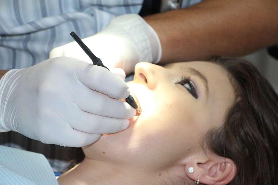 ¿Qués es la ortodoncia lingual?